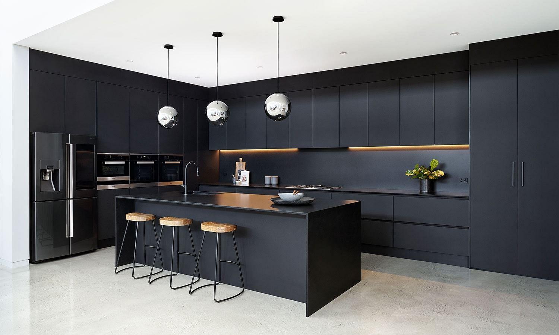 31 Black Kitchen Ideas That Make A Bold Statement In 2021 Houszed