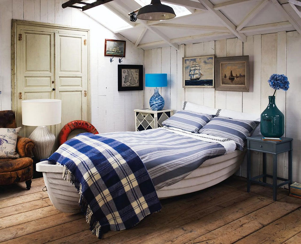 14 Nautical Bedroom Ideas To Inspire You In 2021 Houszed