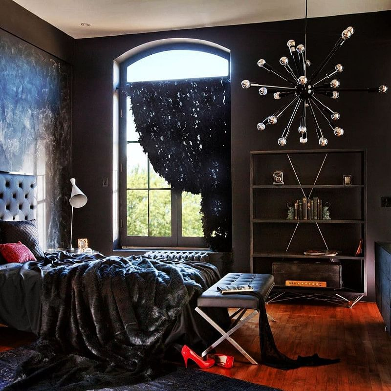 21 Gothic Bedroom Ideas That Leave You Inspired In 2021 Houszed