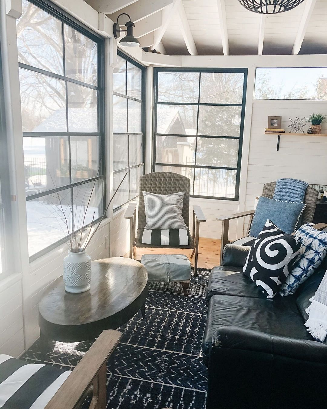 22 screened in porch ideas that rock