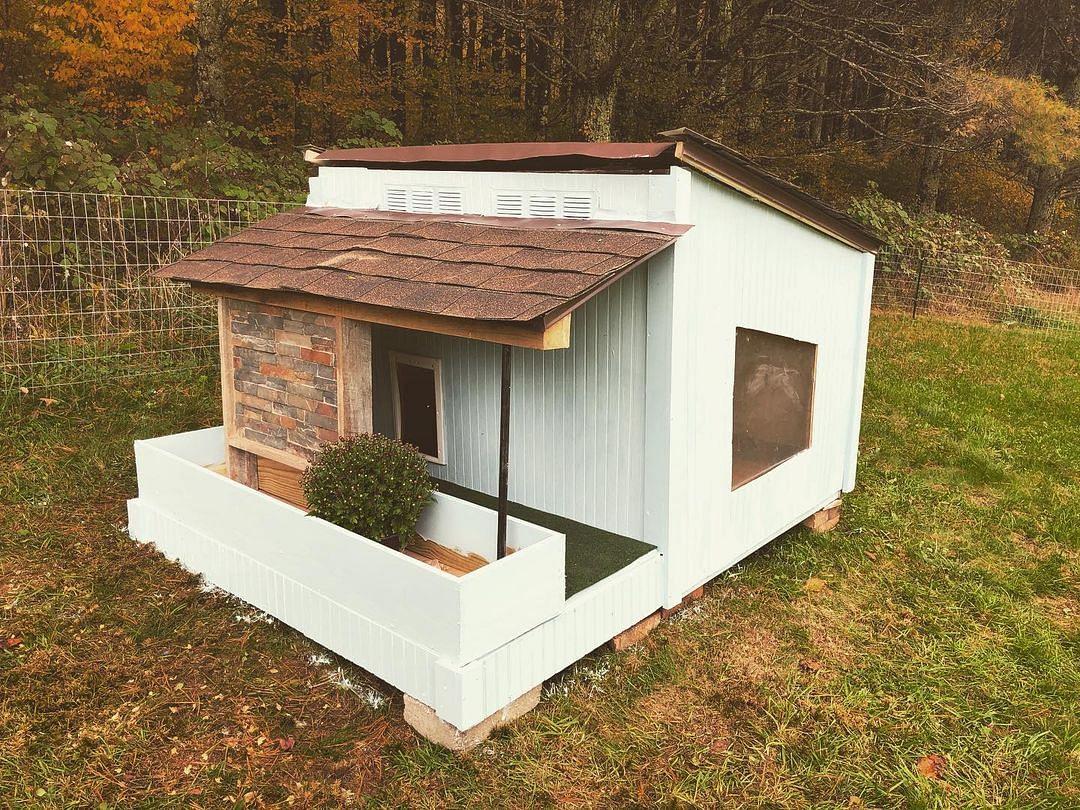 19 Diy Dog House Ideas That Work In 2021 Houszed